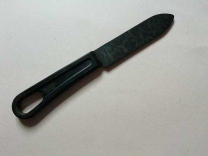 Couteau manche en bakelite daté 1941