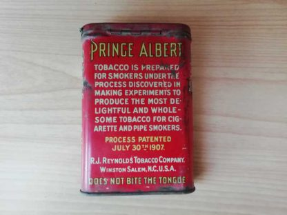 Boite de tabac en tole PRINCE ALBERT