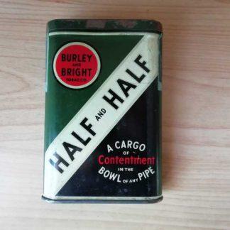 Boite de tabac en tole HALF and HALF