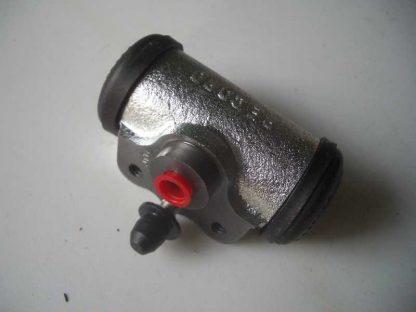Cylindre de roue AV
