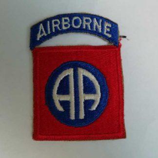 Insigne original de 82° AIRBORNE DIVISION (tab attaché)