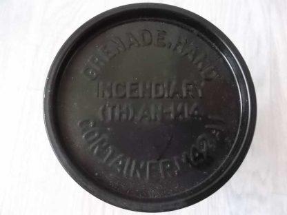 Conteneur vide de grenade incendiaire