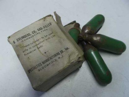 Gilet de sauvetage MAE WEST type B4 daté 1944