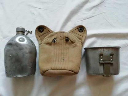 Gourde US datée 1918 avec housse housse M1910