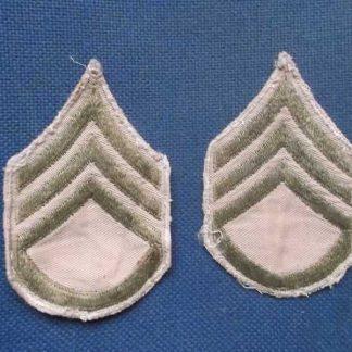 Chevrons de STAFF SERGEANT (tenue chino)
