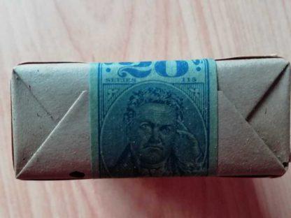 Paquet blanc de 20 cigarettes LUCKY STRIKE de 1945 (marché civil)