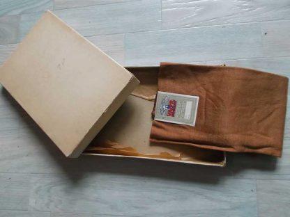 Paire de bas nylon de la marque VALOR en boite