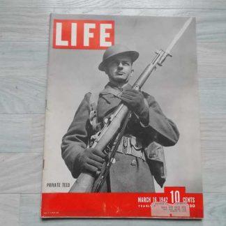 Magazine LIFE du 16 mars 1942 (fusil M1)