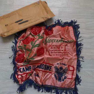 Housse de coussin CAMP CLAIBORNE emballée
