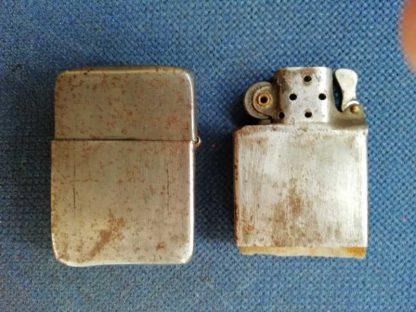 Briquet ZIPPO original du modèle 1942 à 1945 (usagé)