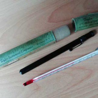 Thermométre métallique de marque TAYLOR en boite