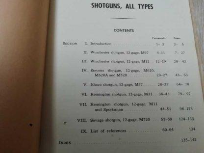 TM 9-1285 daté de 1942 (trench gun)