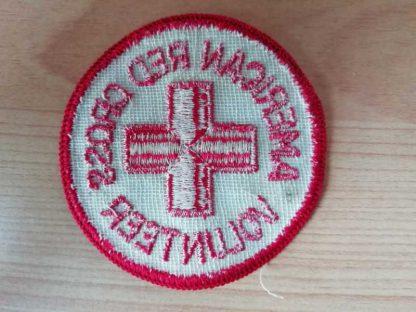 Insigne original de l'AMERICAN RED CROSS brodé (variante)