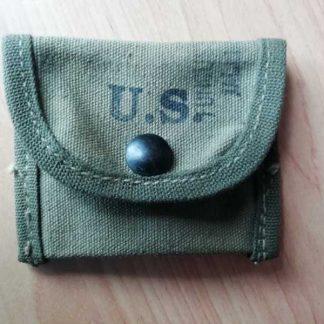 Pochette aux accessoires US datée 1943