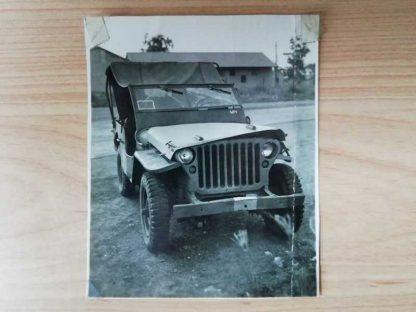 Photo originale d'une JEEP FORD accidentée de l' AIR FORCE
